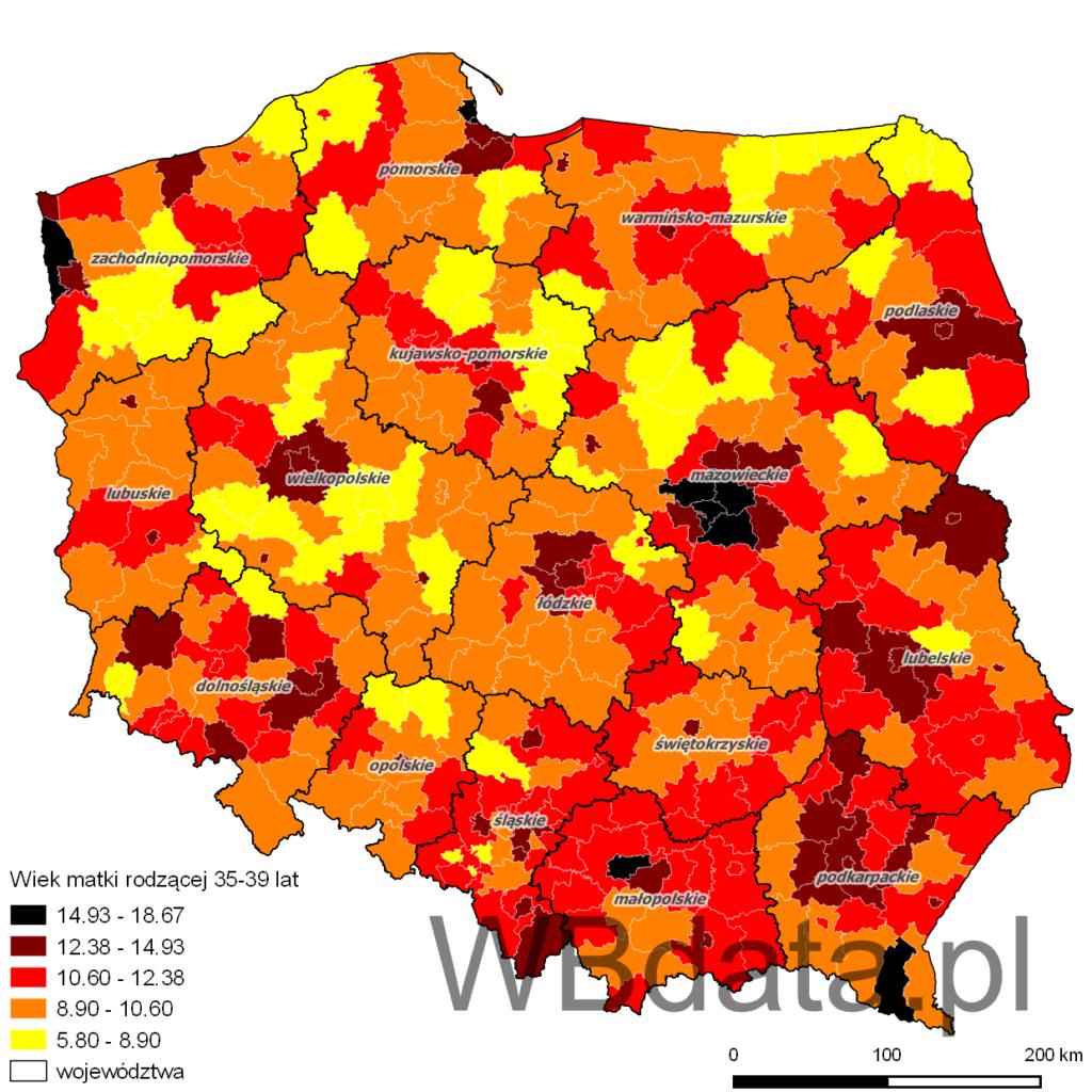 Mapa przedstawia jaki procent matek rodzących stanowiły kobiety w wieku 35-39 lat w powiatach w roku 2013.
